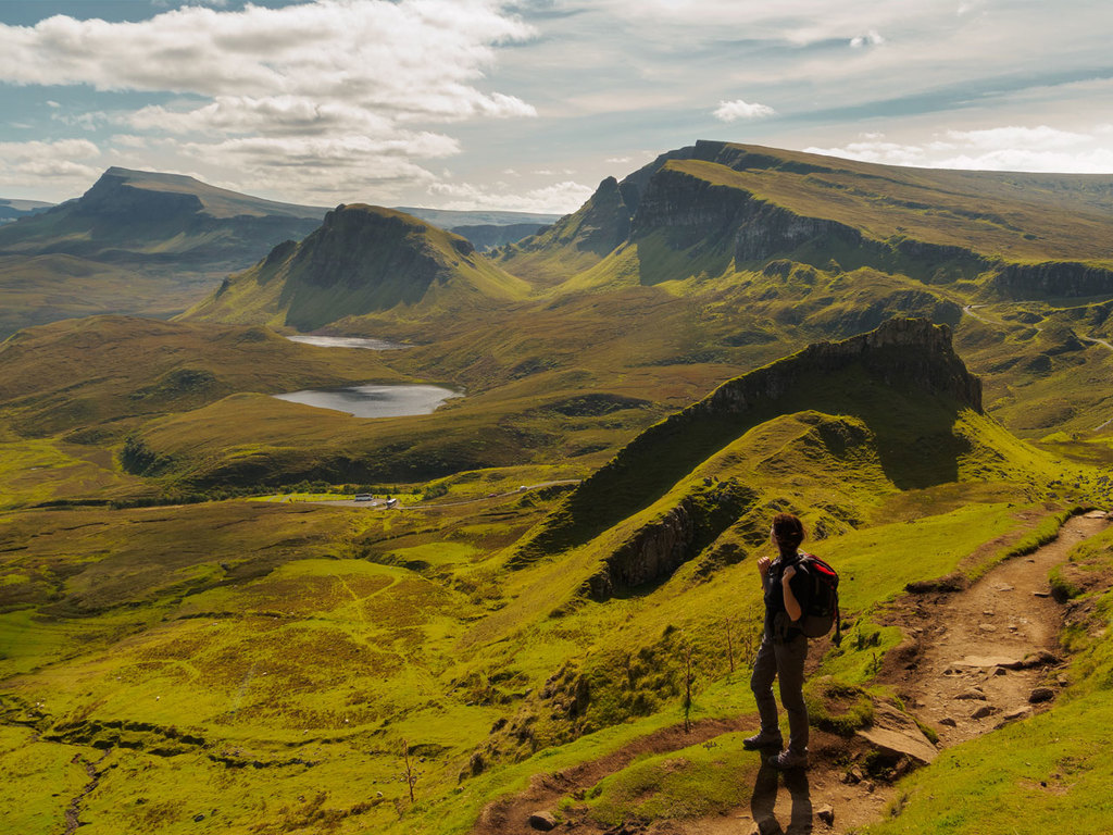 Kyle of Lochalsh – Isle of Skye – Kyle of Lochalsh: Besuch der Klippen Kilt Rock und des Mealt-Wasserfall, Wanderung zu den Felsen von Quiraing und im Tal Fairy Glen