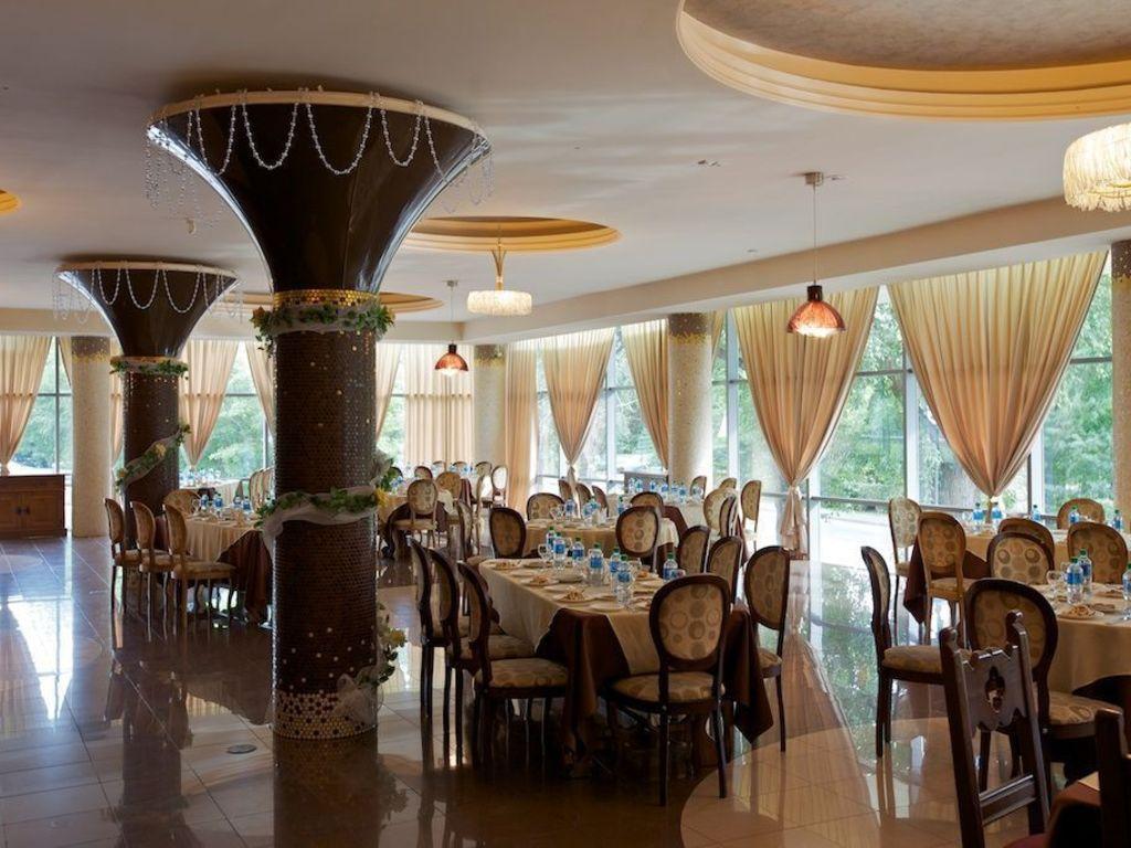 Hotel Irkutsk **(*) in Irkutsk