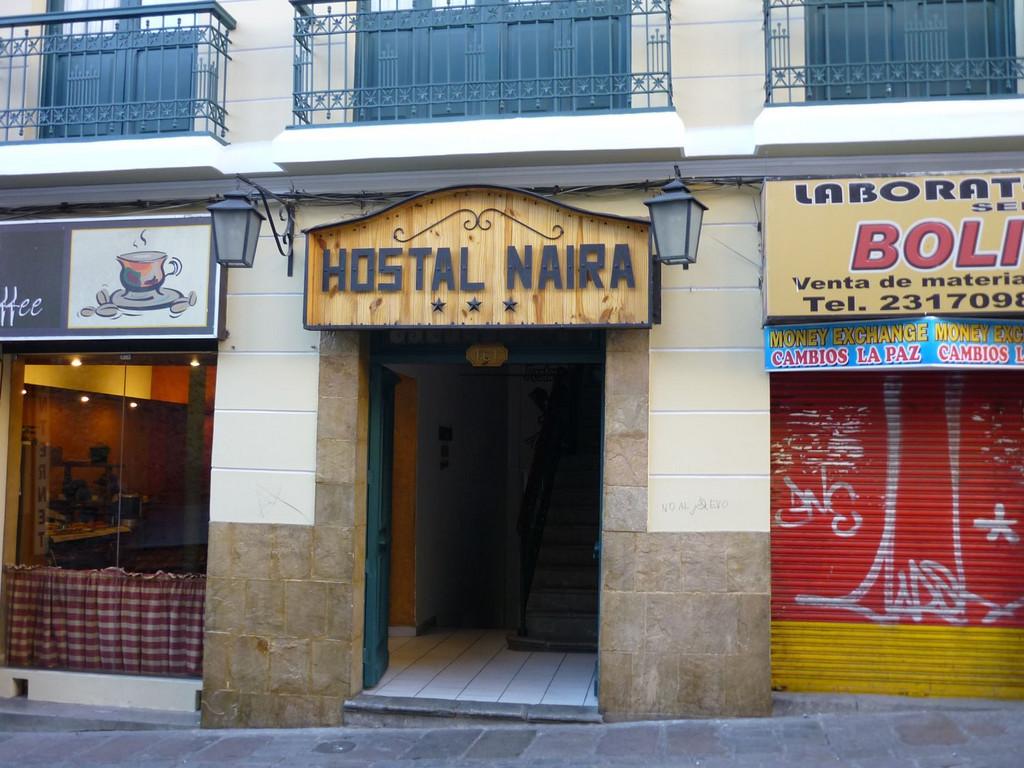 Naira ** in La Paz