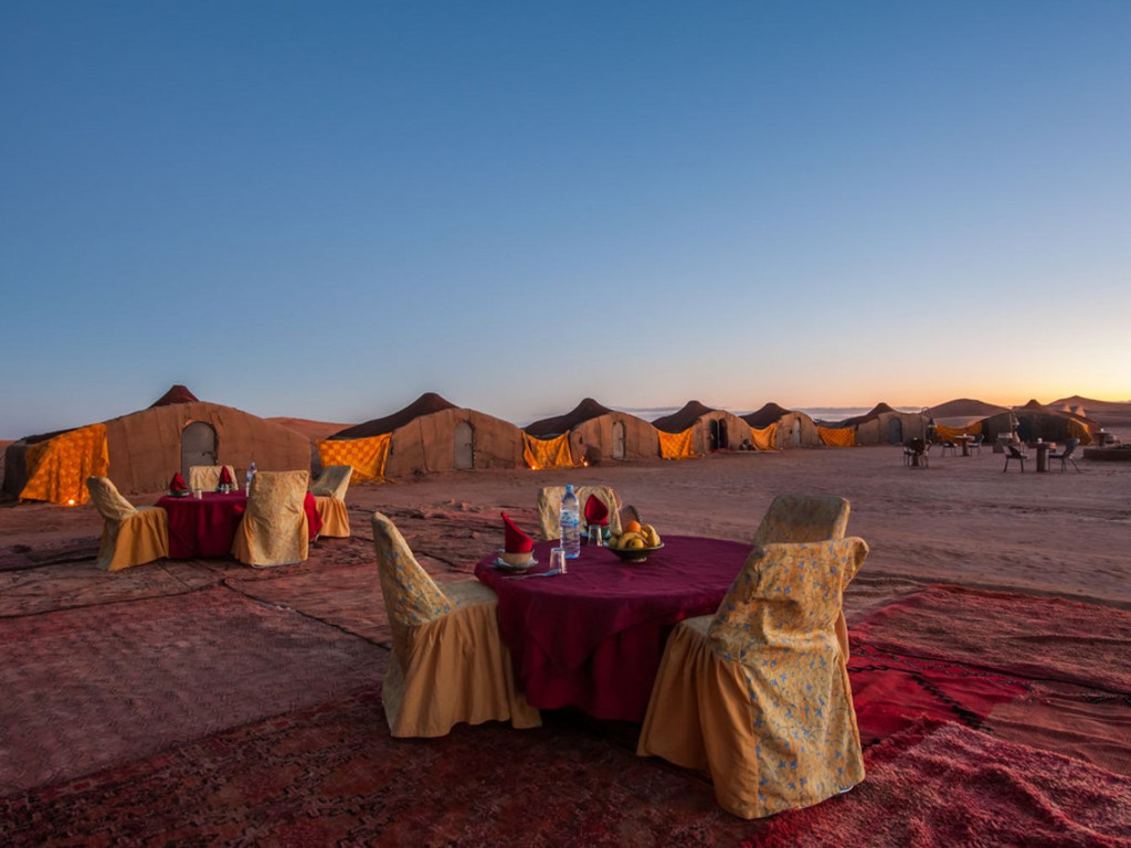 Beduinen-Camp   im Erg Chegaga
