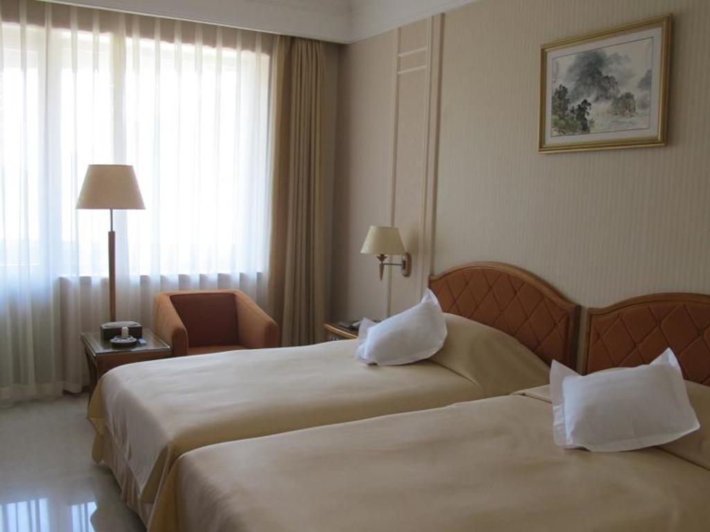 Hyangsan Hotel*** in Myohyangsan