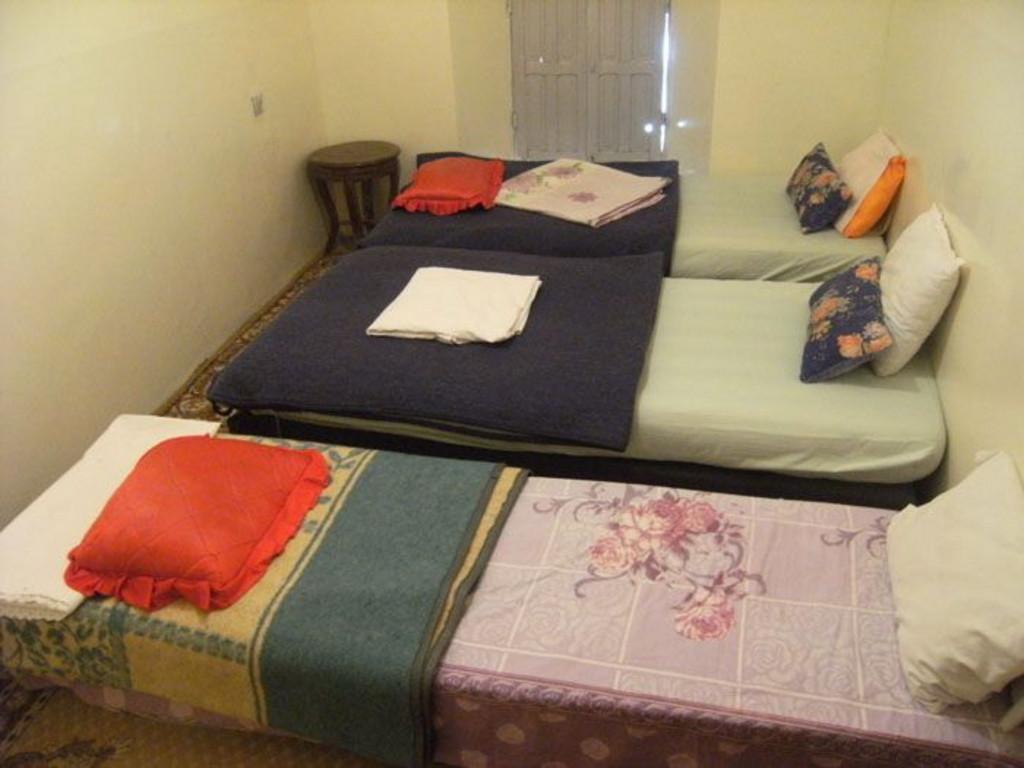 Beispiel Unterkunft bei einer Berberfamilie im Hohen Atlas  (Mehrbettzimmer)