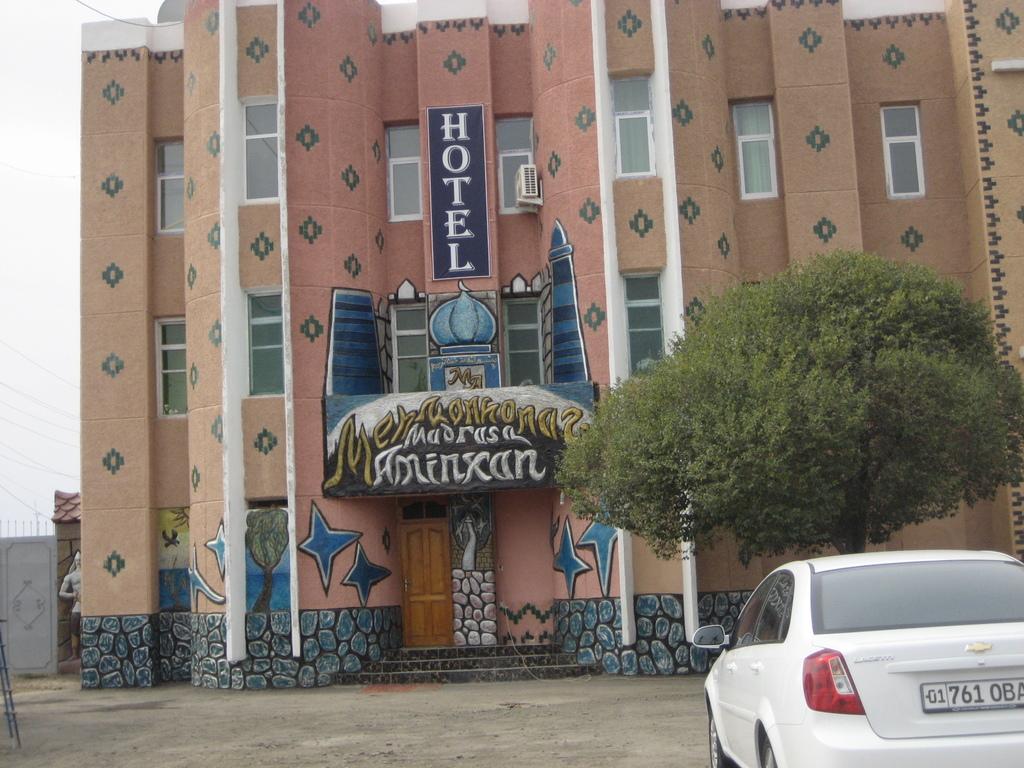 Hotel Amin Khan**(*) in Chiwa