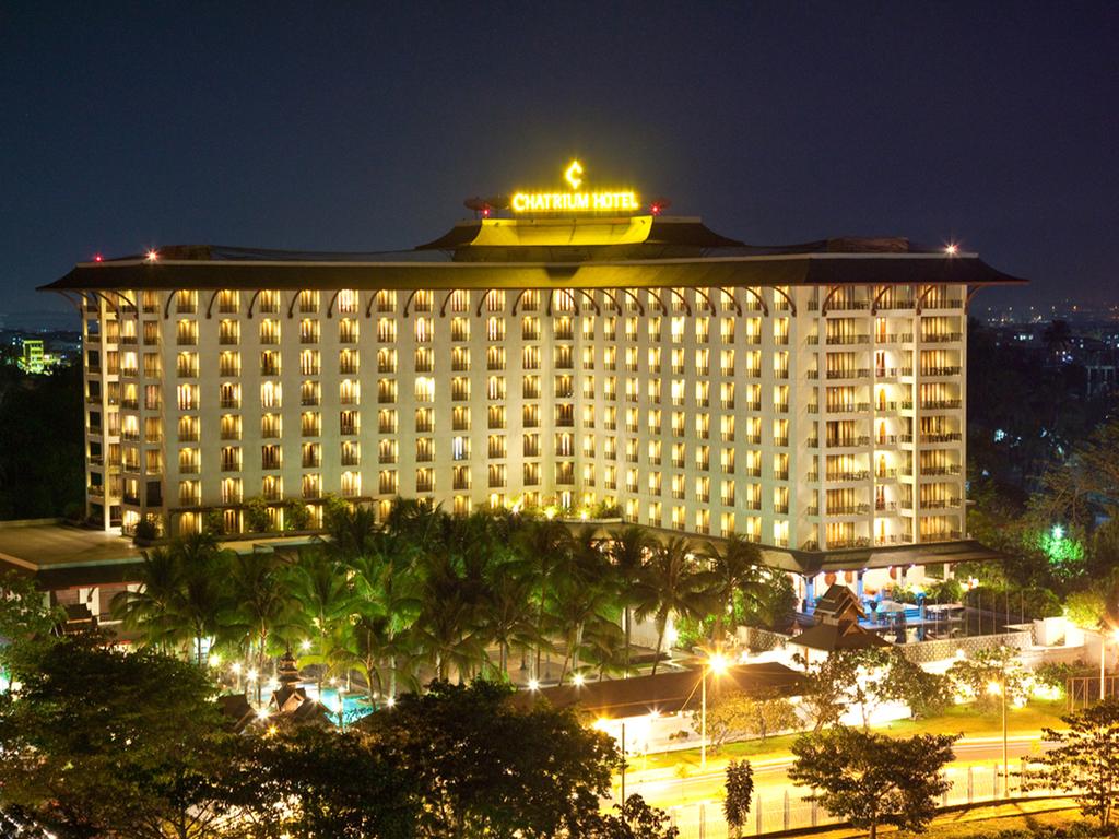 Chatrium **** in Yangon