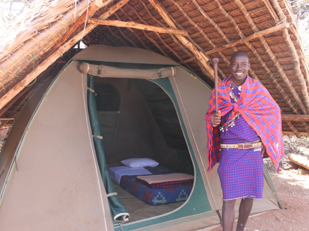 Camping im Maji Moto Eco Camp   in den Loita Hills