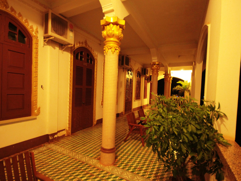 Pakse Hotel *** in Pakse