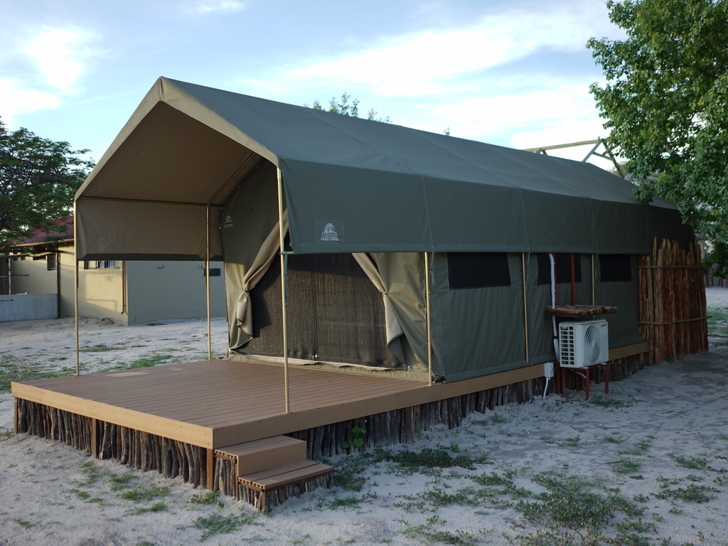Nakambale Adventure Tented Lodge *** bei Ondangwa