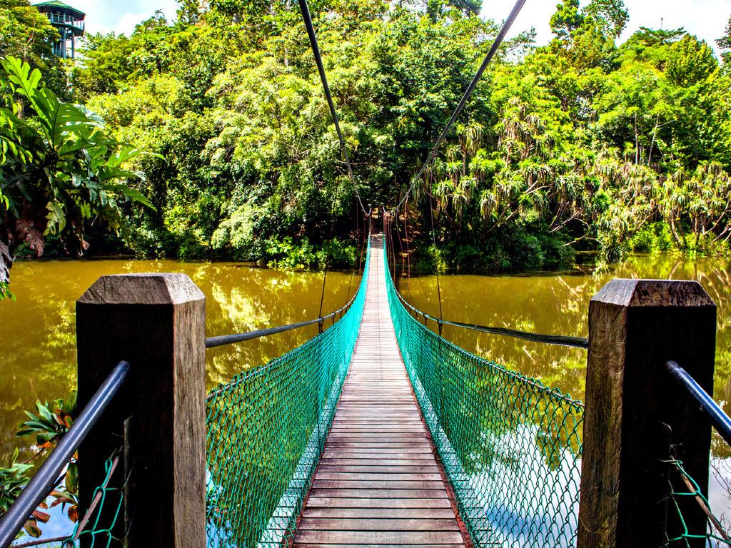 Kundasang – Kiulu-Tal : Tamparuli-Hängebrücke und Dorfbesuch