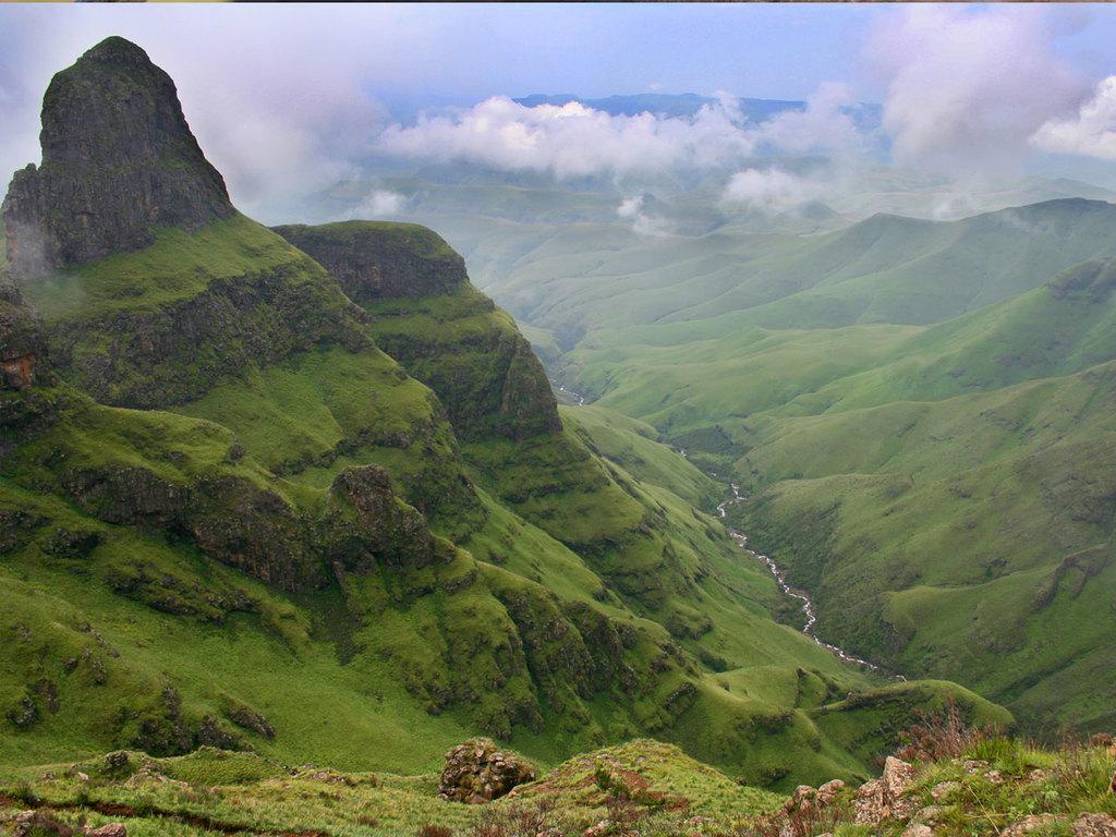 Drakensberge: Wanderung am Vormittag, freier Nachmittag