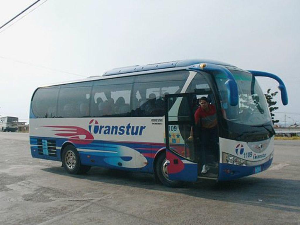 Einer unserer Busse auf Kuba