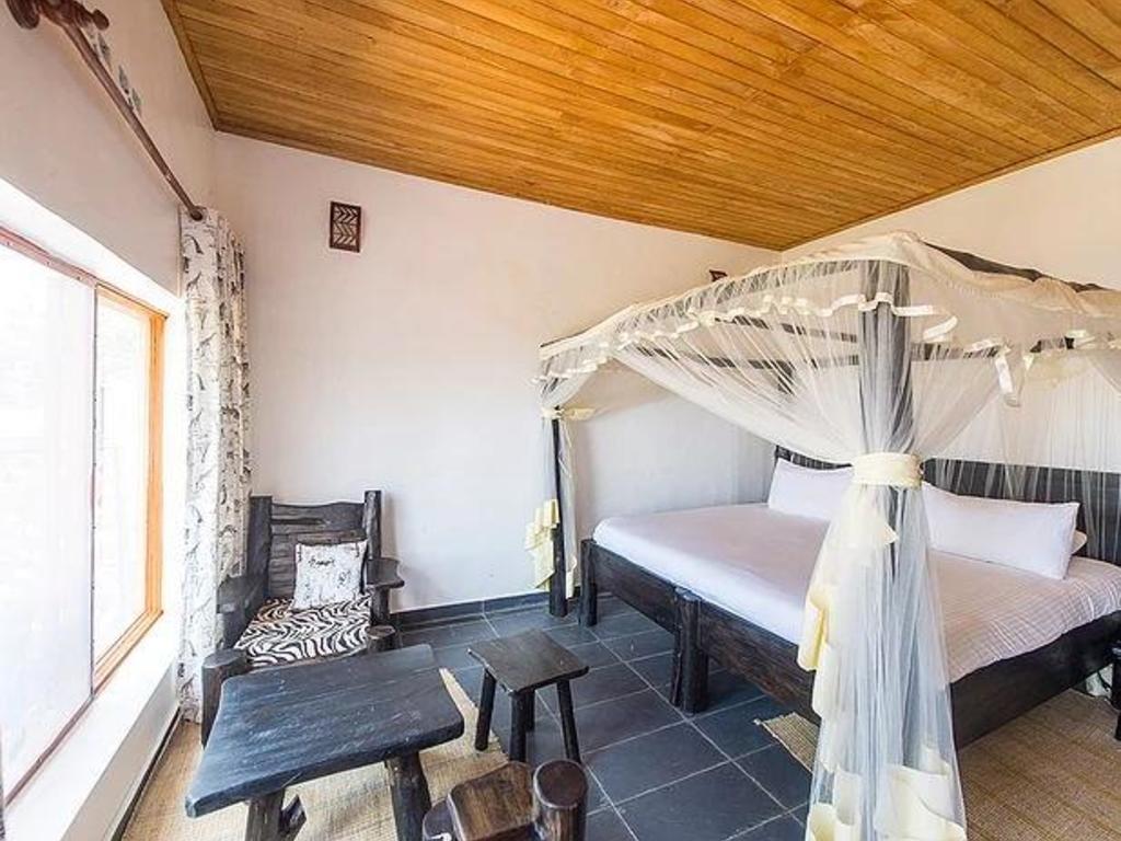 Rushel Kivu Lodge **