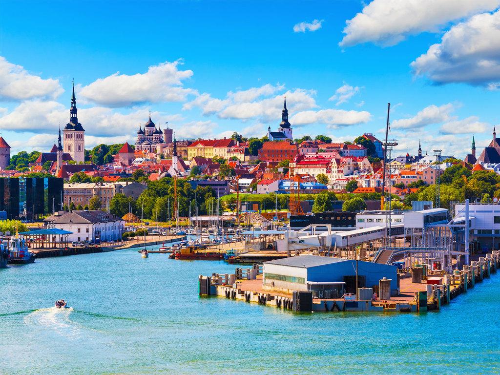 Tallinn: Stadtbesichtigung, Nachmittag frei für eigene Entdeckungen