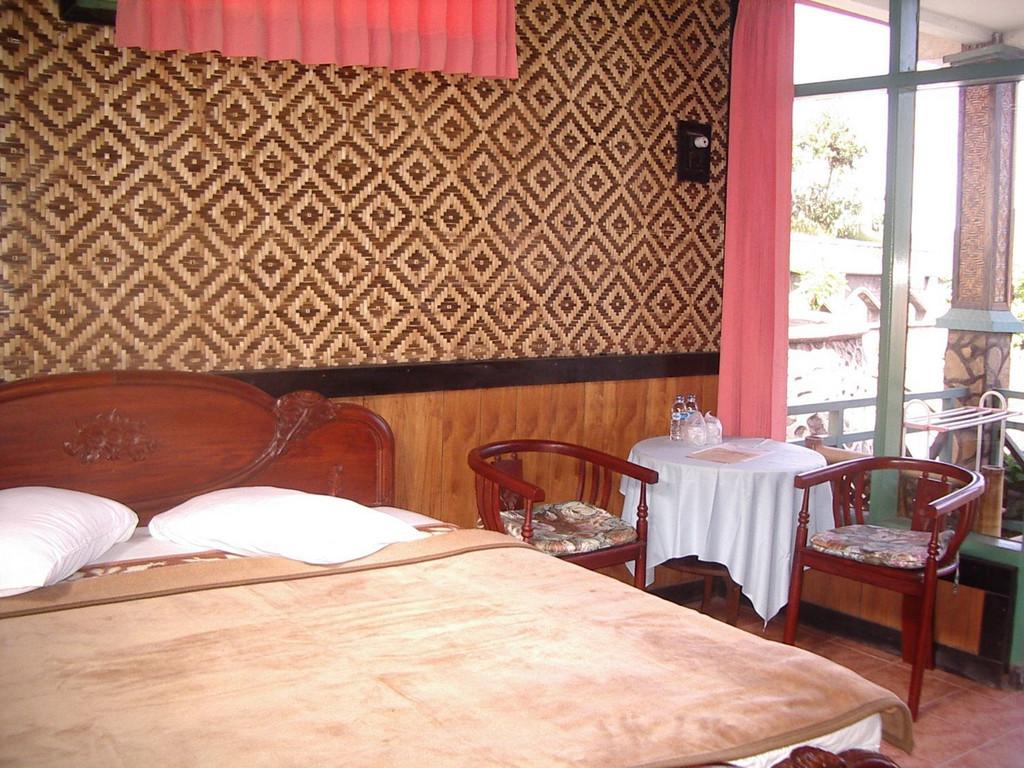 Lava View Lodge **(*) in