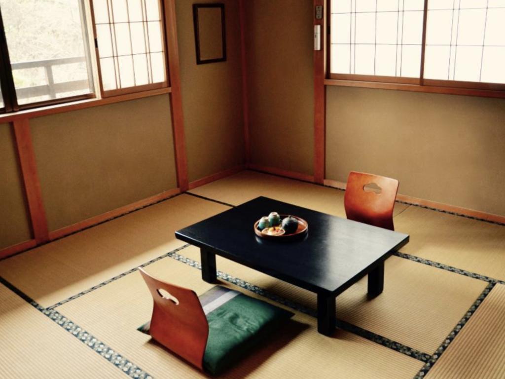 Mehrbettzimmer im Minshuku in Tsumago