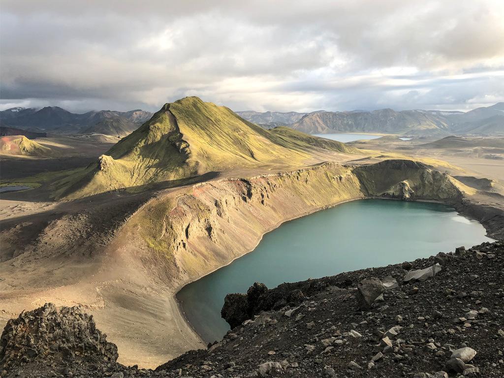 Myvatn-See: Pseudokrater, Lava-Labyrinth von Dimmuborgir, Wanderung auf den Aschekrater Hverfell