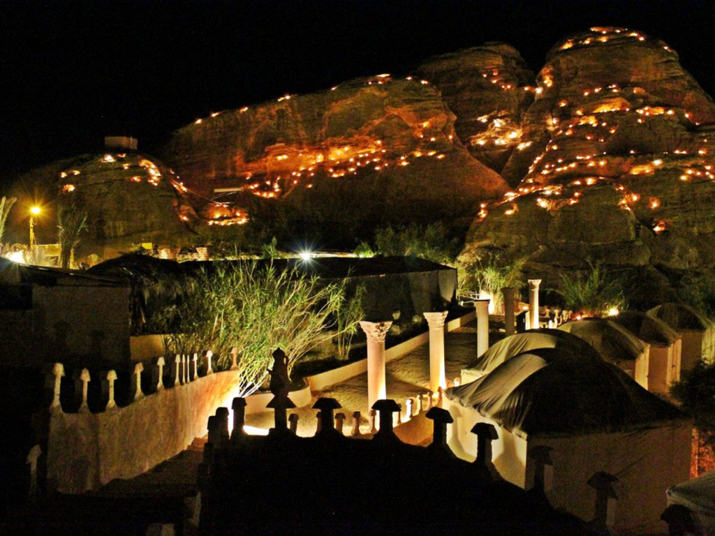 """Seven Wonders Bedouin Camp   in """"Little Petra"""""""