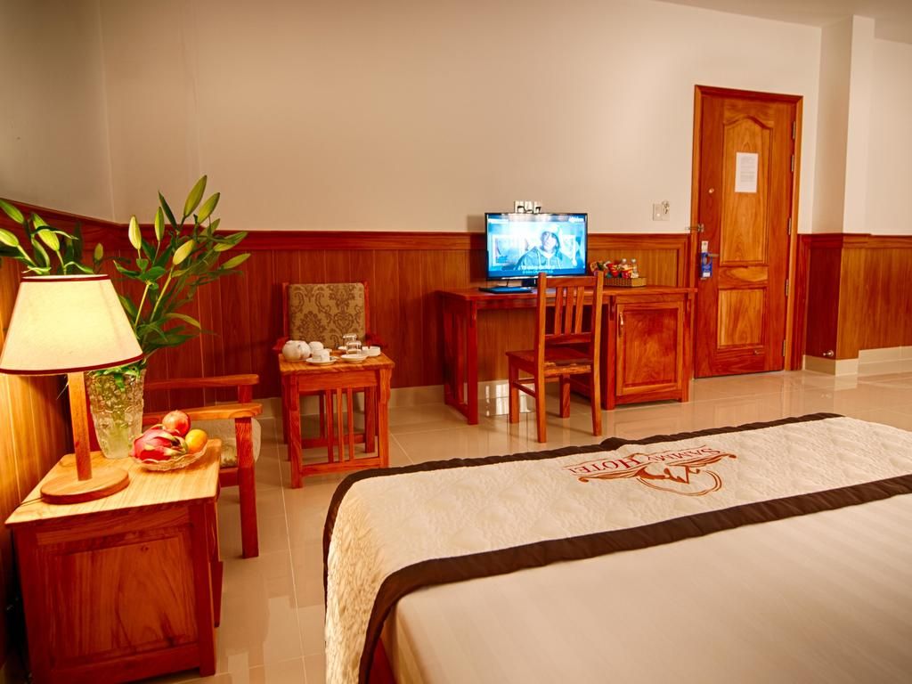 Hotel Sammy**(*) in Ha Tien