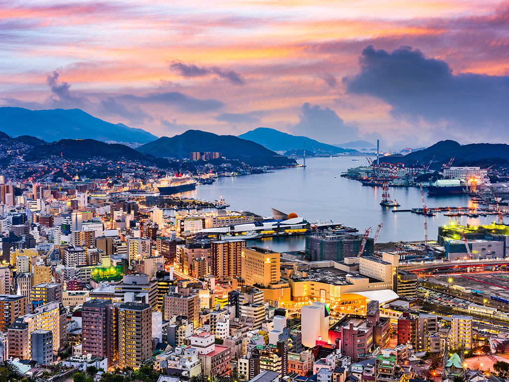 Nagasaki: Tempelstadt Teramachi, Sofuku-Tempel, Chinatown, Dejima, Urakami mit Kathedrale und Atombombenmuseum, Glover-Park