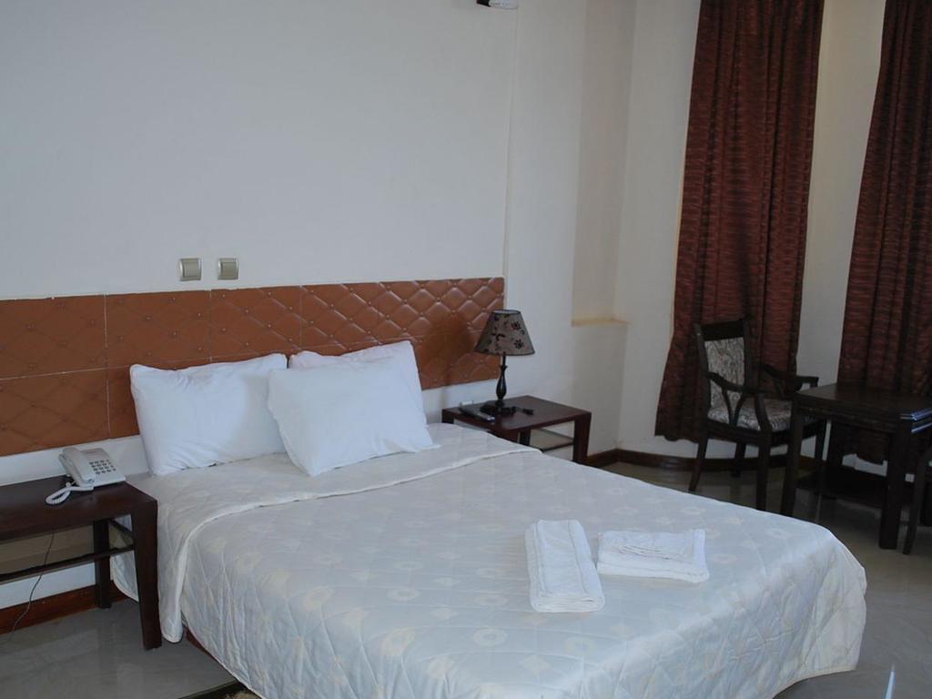 Hotel Kino ** in Gondar