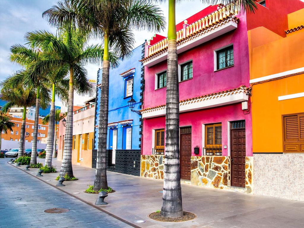 San Sebastian – Los Cristianos – Puerto de la Cruz – La Laguna (Teneriffa): Fährüberfahrt nach Los Cristinaos (Teneriffa), Halt in Garachico und Orotava, Botanischer Garten, Halt in Puerto de la Cruz, weiter nach La Laguna