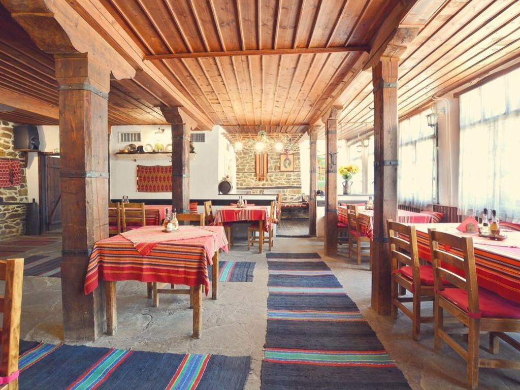 Hotel Fenerite *** in Kmetovtsi