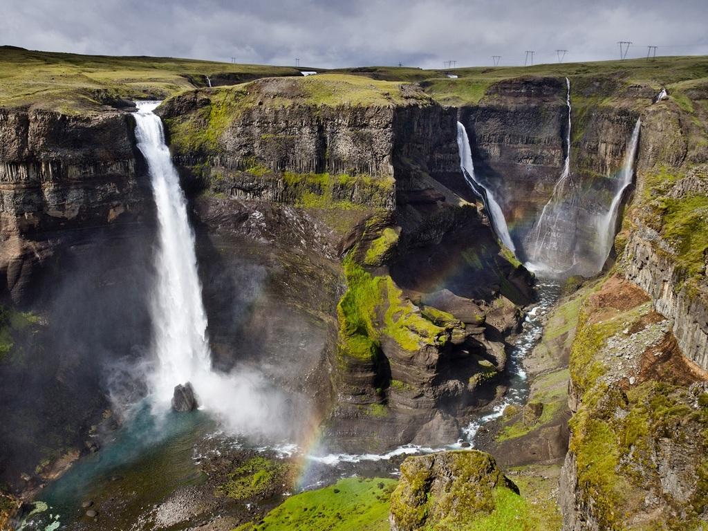 Landmannalaugar – Haifoss – Thingvellir-Nationalpark – Reykjavik: Haifoss-Wasserfall, Thingvellir-Nationalpark: Grabenbruchzone und Allmännerschlucht, Stadtbummel in Reykjavik