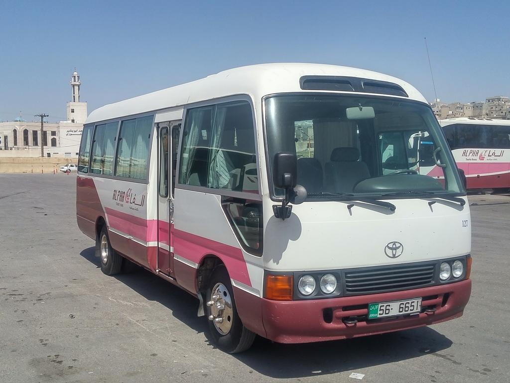 Unser Transportmittel in Jordanien bis 14 Personen