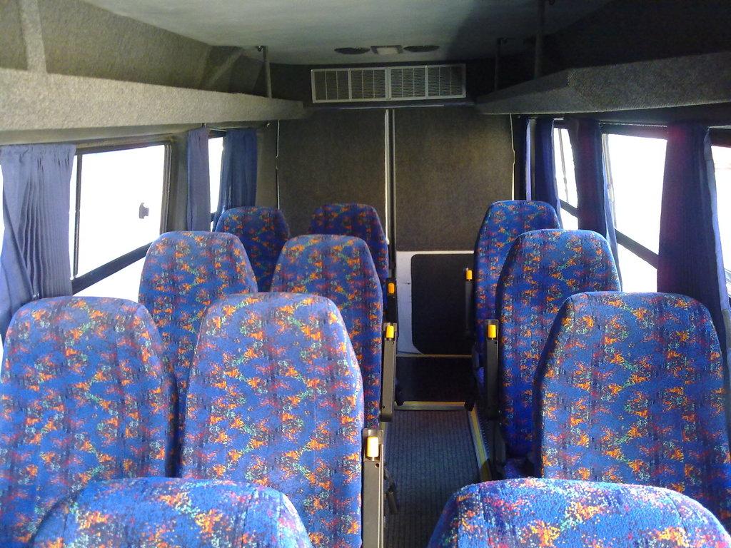 Einer der Innenräume unserer IVECO-Kleinbusse in Südafrika
