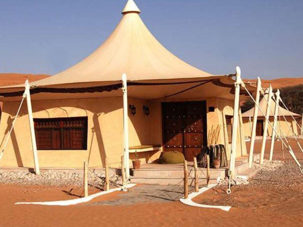 Desert Nights Camp   in den Wahiba Sands