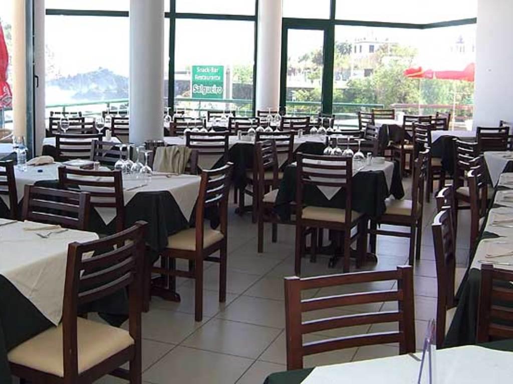 Salgueiro ** in Porto Moniz