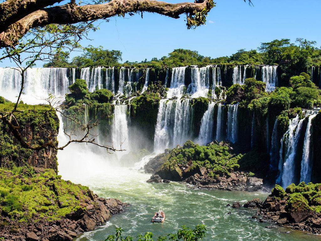 Foz do Iguaçu – Iguazú-Wasserfälle – Foz do Iguaçu: Wanderung an der argentinischen Seite der Wasserfälle