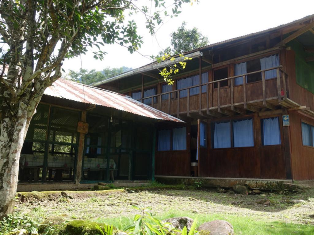 sehr einfache Lodge Soga de Oro   im Manú Nationalpark