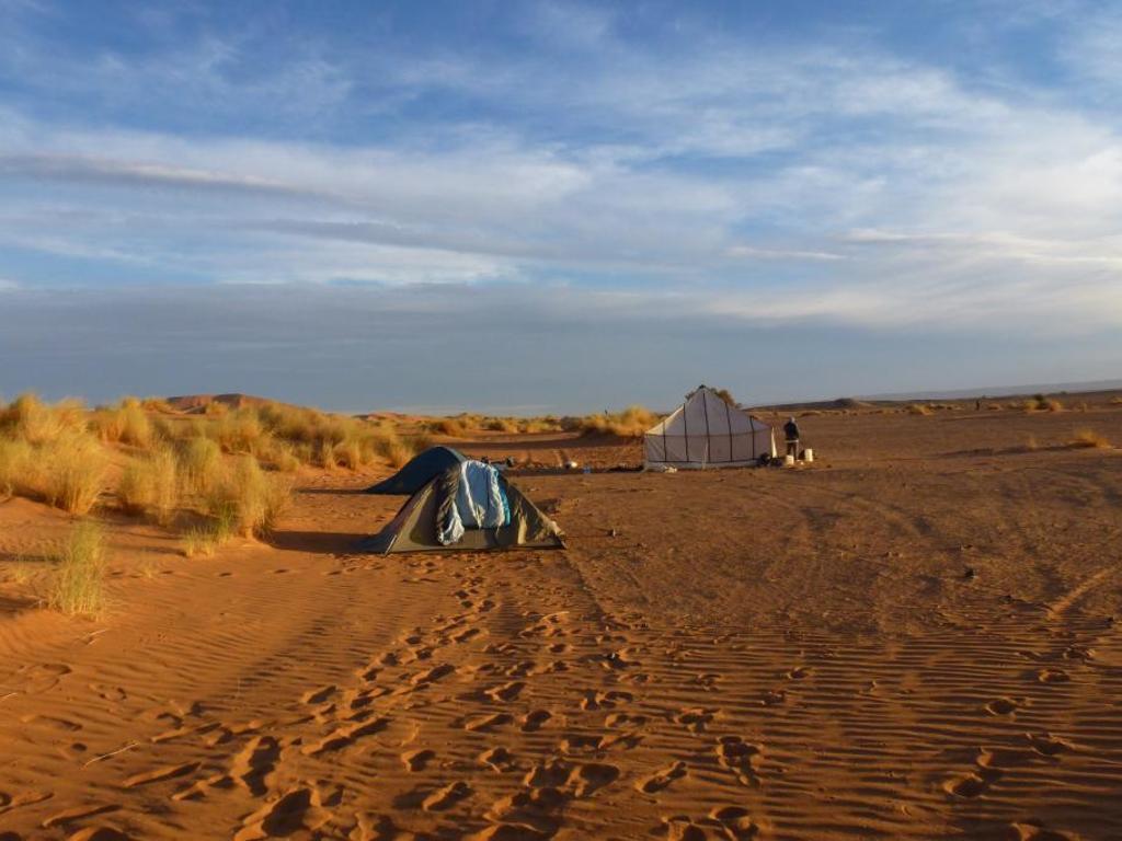 Zeltübernachtung an der Küste