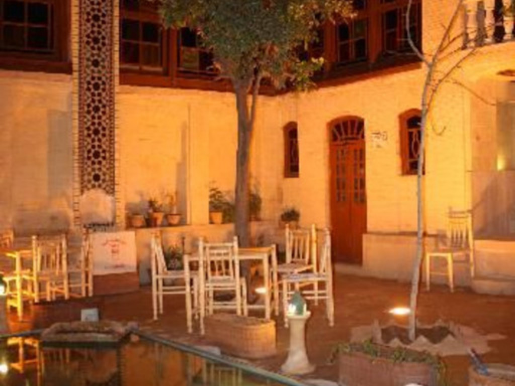 Niayesh Boutique Hotel *** in Schiras