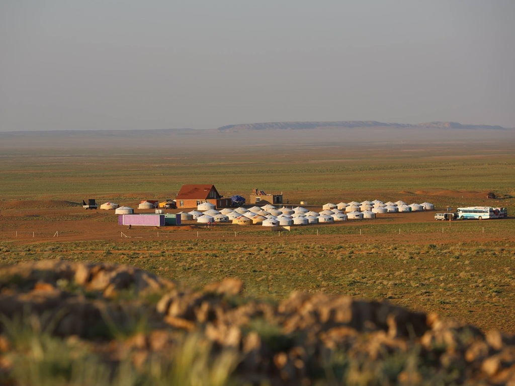Jurten in Tsagaan Survaga